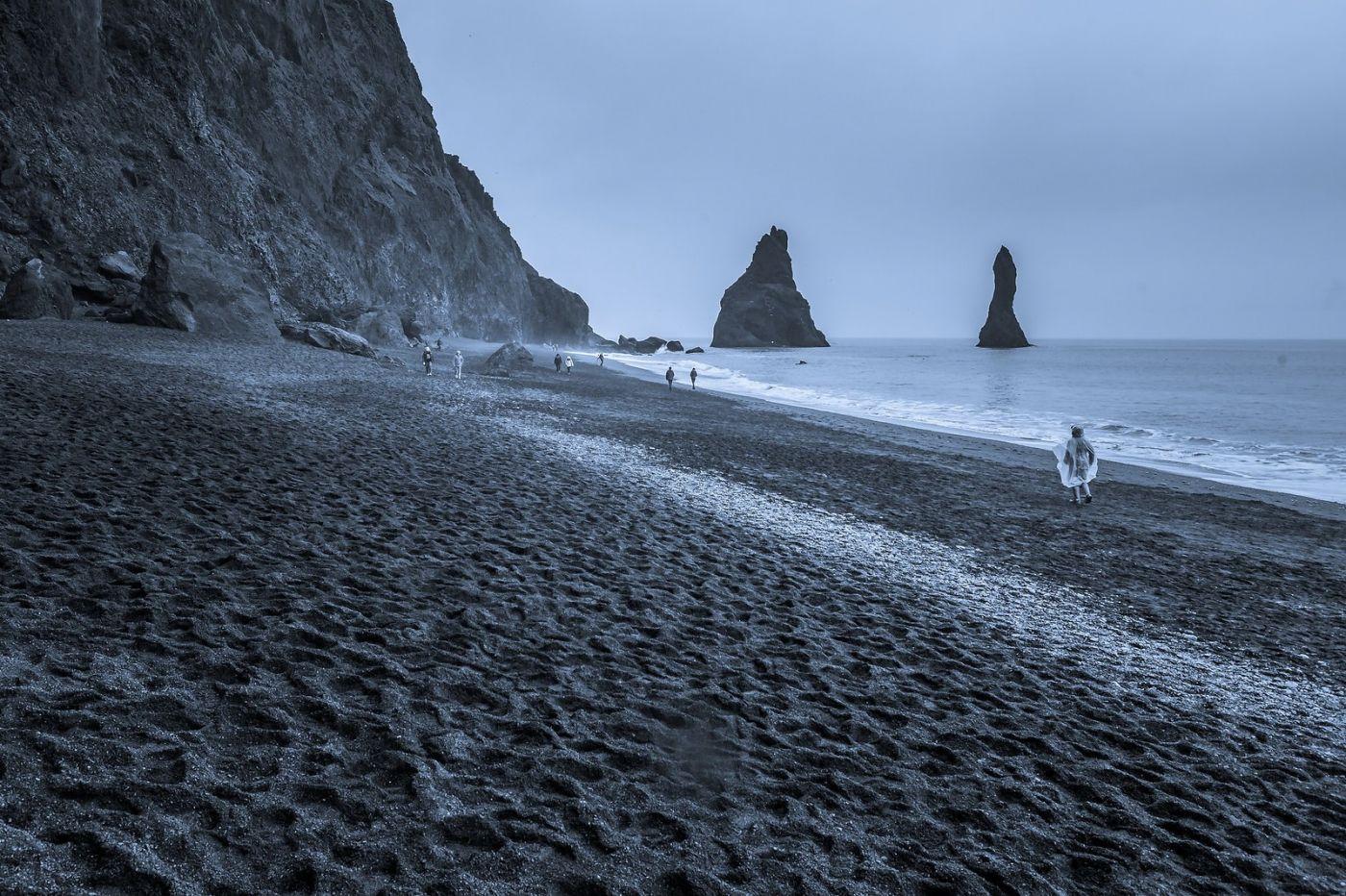 冰岛雷尼斯法加拉黑沙滩(Reynisfjara Black Sand Beach)_图1-18