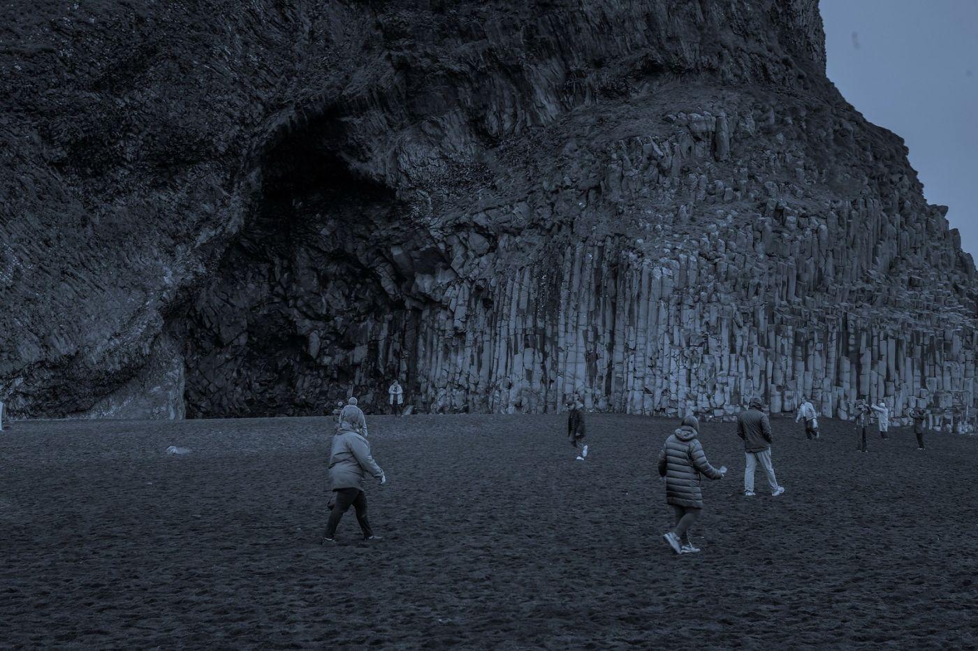 冰岛雷尼斯法加拉黑沙滩(Reynisfjara Black Sand Beach)_图1-19