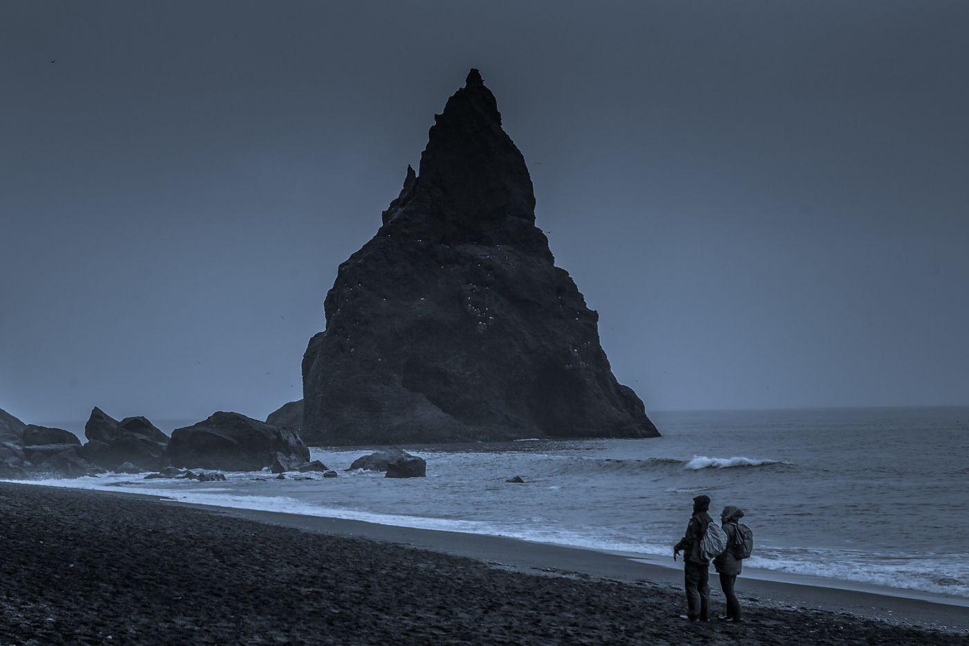 冰岛雷尼斯法加拉黑沙滩(Reynisfjara Black Sand Beach)_图1-17