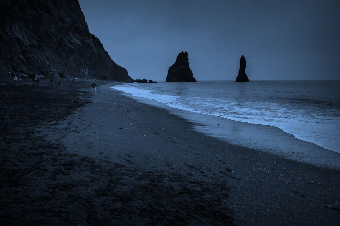 冰岛雷尼斯法加拉黑沙滩(Reynisfjara Black Sand Beach)_图1-23