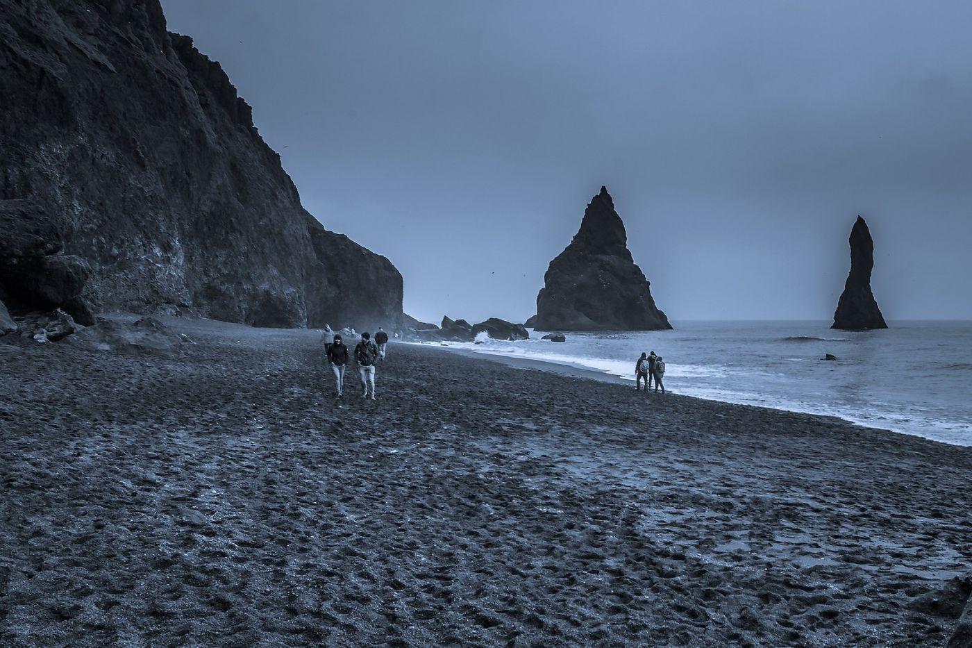 冰岛雷尼斯法加拉黑沙滩(Reynisfjara Black Sand Beach)_图1-24