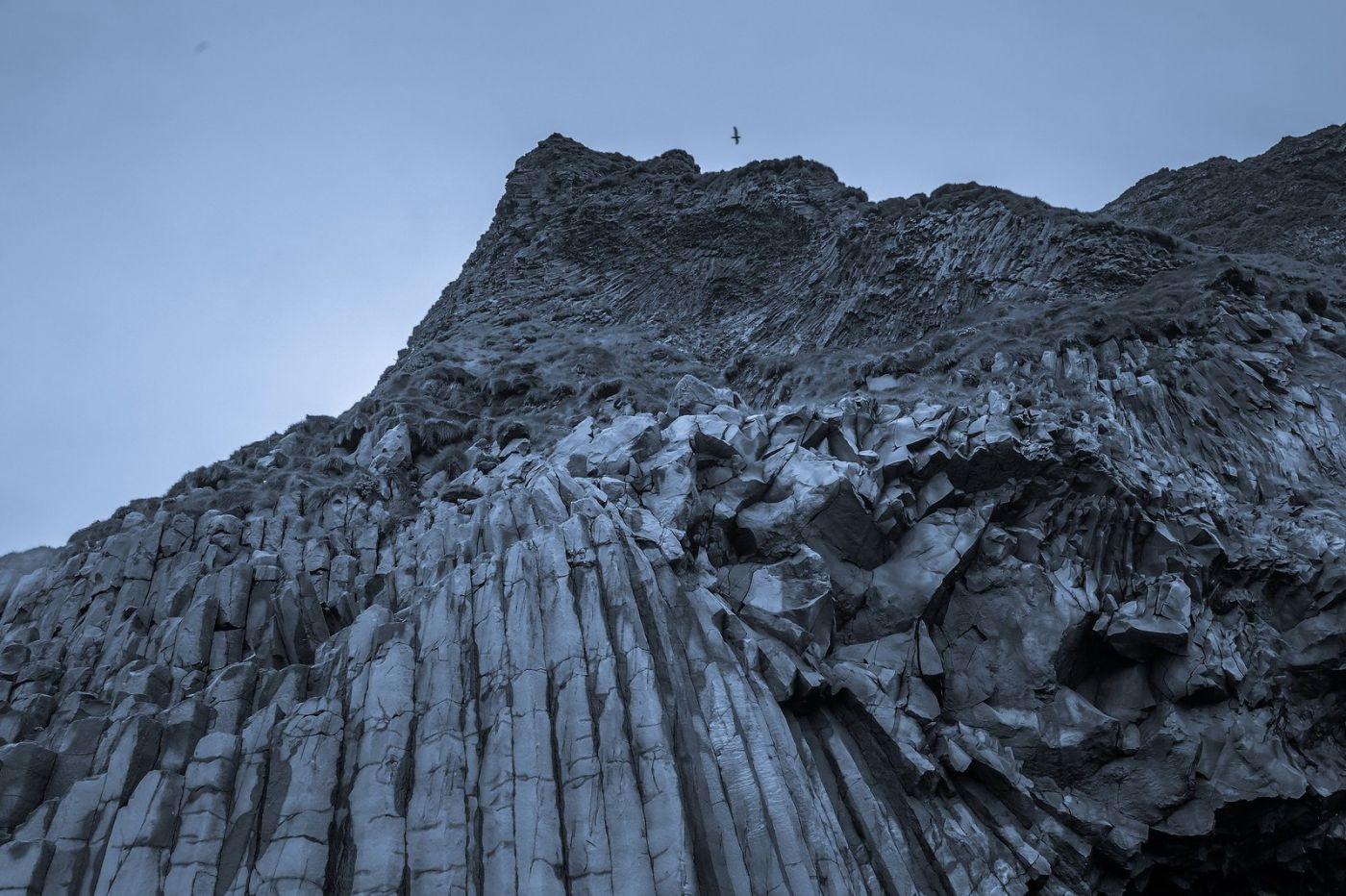 冰岛雷尼斯法加拉黑沙滩(Reynisfjara Black Sand Beach)_图1-29
