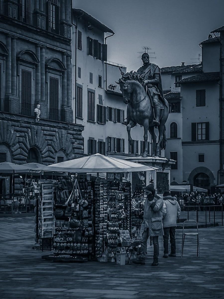 意大利佛罗伦萨,西格诺里亚广场的雕像_图1-23