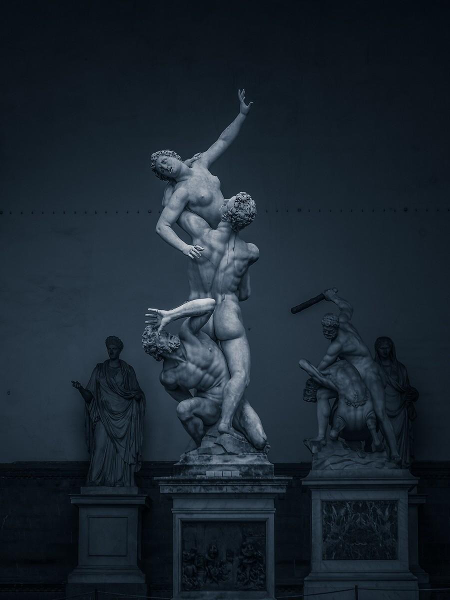 意大利佛罗伦萨,西格诺里亚广场的雕像_图1-26
