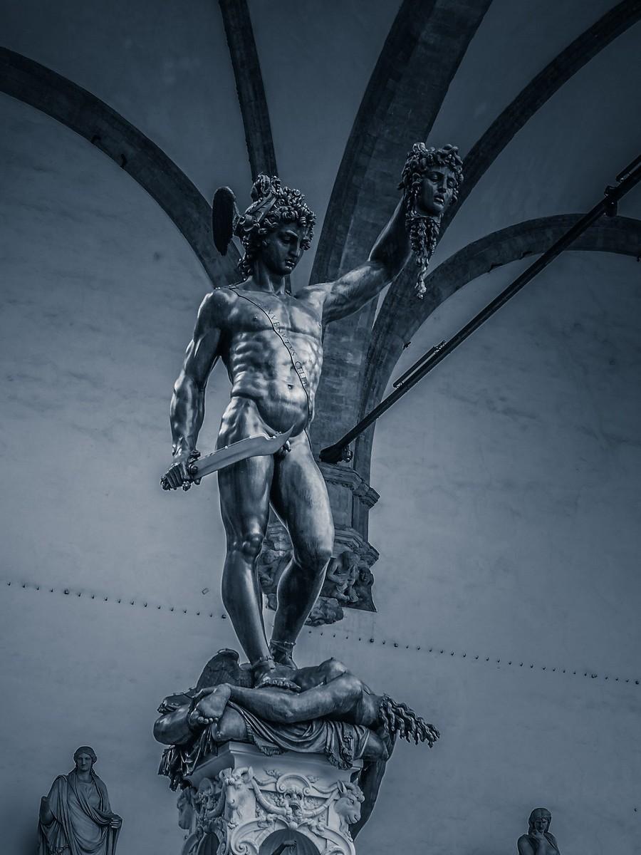 意大利佛罗伦萨,西格诺里亚广场的雕像_图1-15