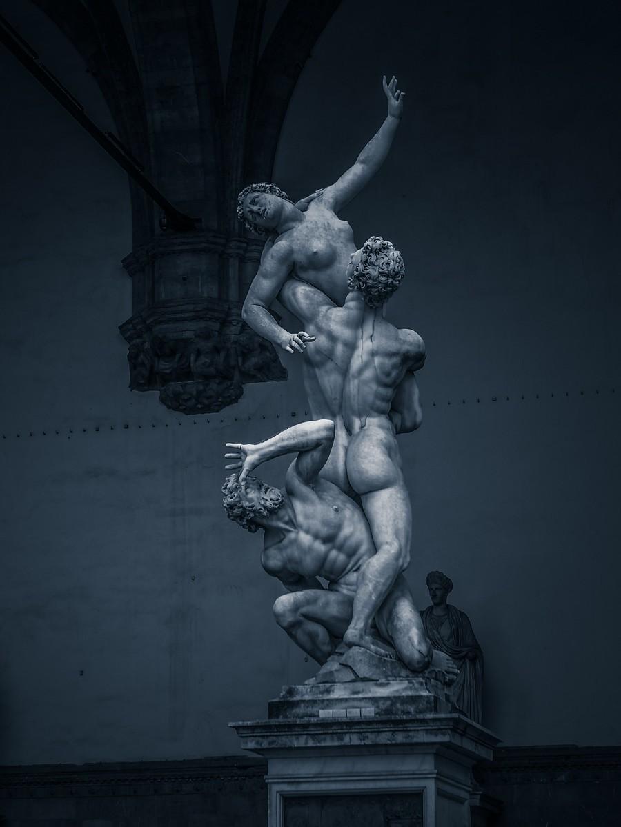 意大利佛罗伦萨,西格诺里亚广场的雕像_图1-22