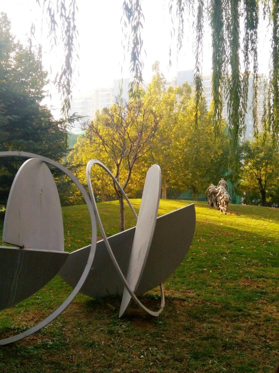 言日:清秋印象——北京国际雕塑公园_图1-2