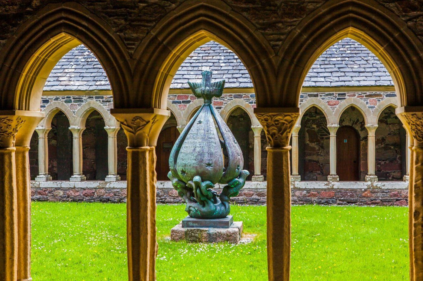 苏格兰圣奥兰教堂(St Oran's Chapel),风景优美_图1-1