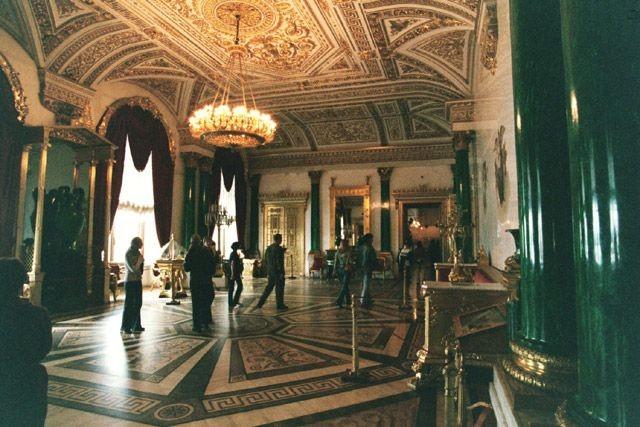 俄罗斯的珍宝(四):冬宫的孔雀石厅(Malachite Room)_图1-8