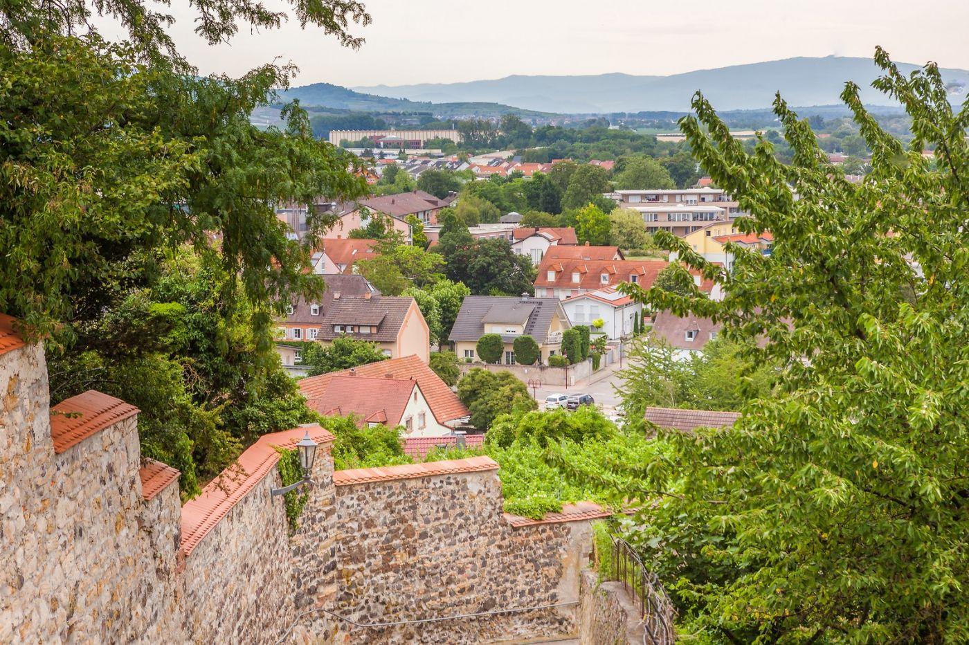 德国布赖萨赫(Breisach),小城故事_图1-12