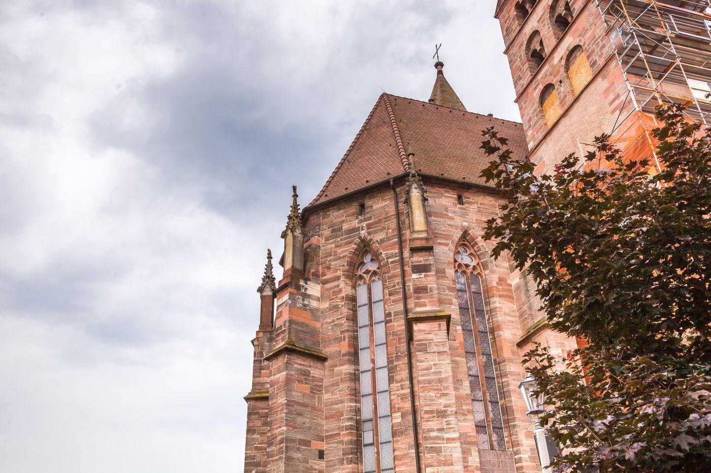 德国布赖萨赫(Breisach),小城故事_图1-9