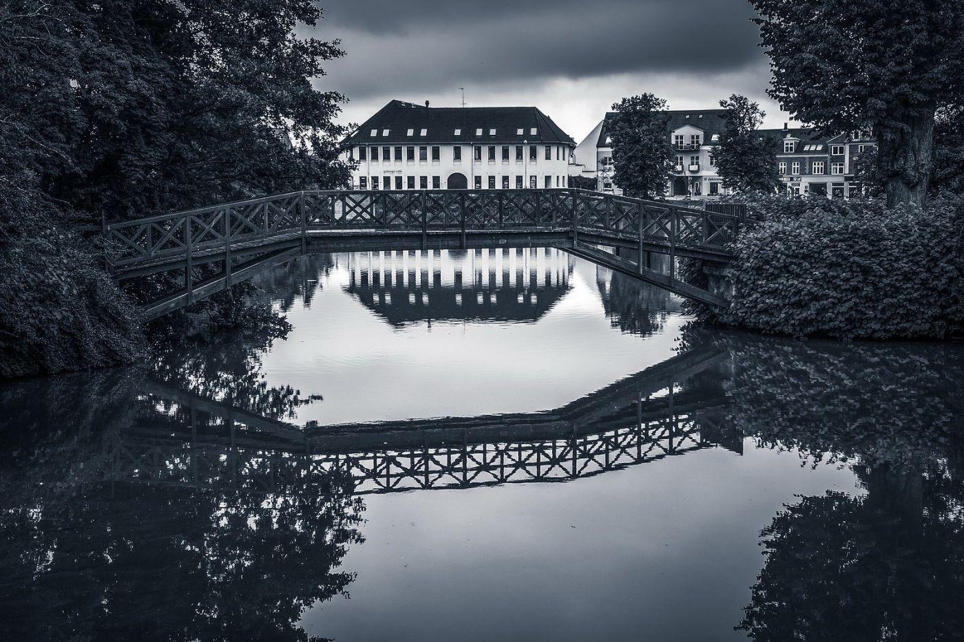 丹麦腓特烈堡城堡,回看历史_图1-2