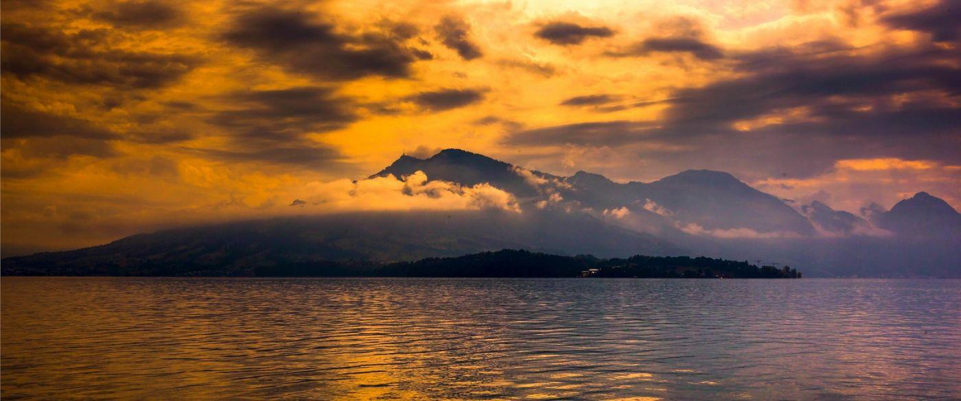 瑞士卢塞恩(Lucerne),湖边晚霞_图1-8