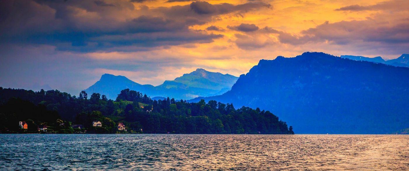 瑞士卢塞恩(Lucerne),湖边晚霞_图1-16