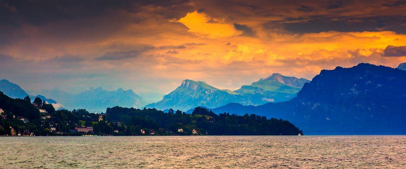瑞士卢塞恩(Lucerne),湖边晚霞_图1-19