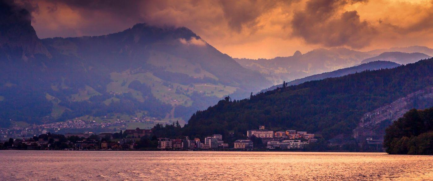 瑞士卢塞恩(Lucerne),湖边晚霞_图1-23