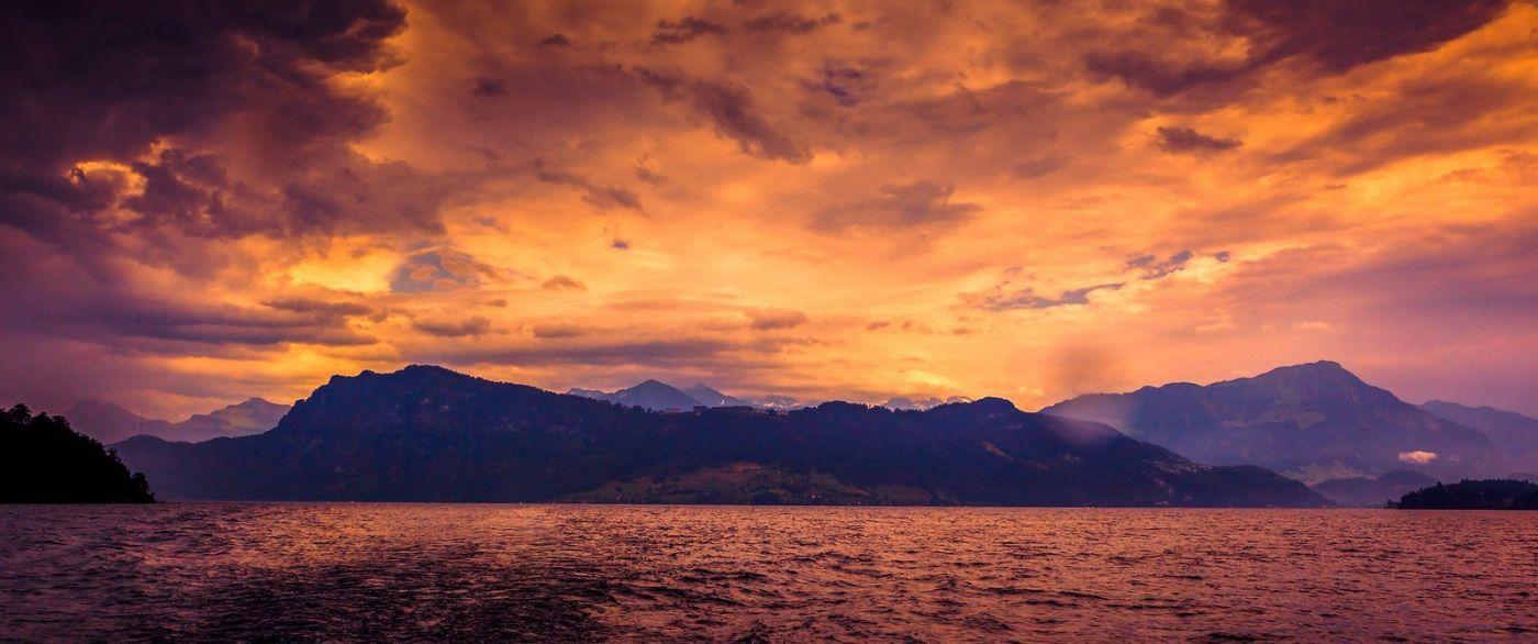 瑞士卢塞恩(Lucerne),湖边晚霞_图1-29