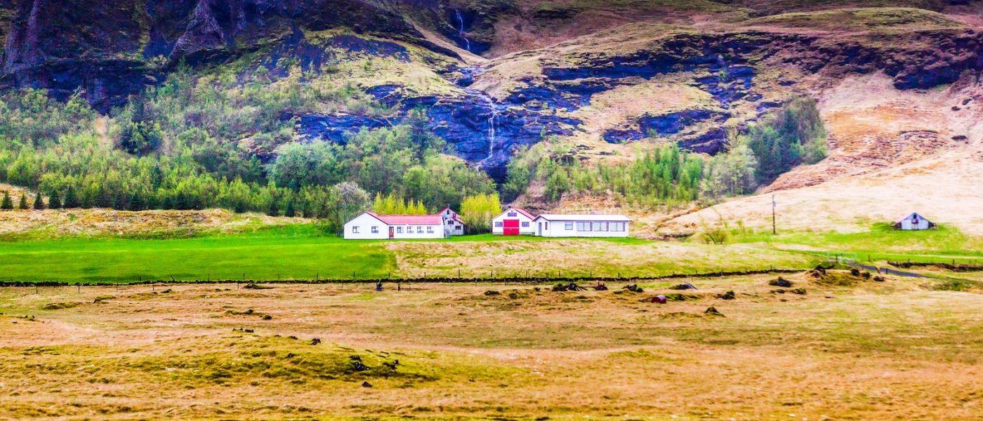 冰岛风采,山间的大小瀑布_图1-2