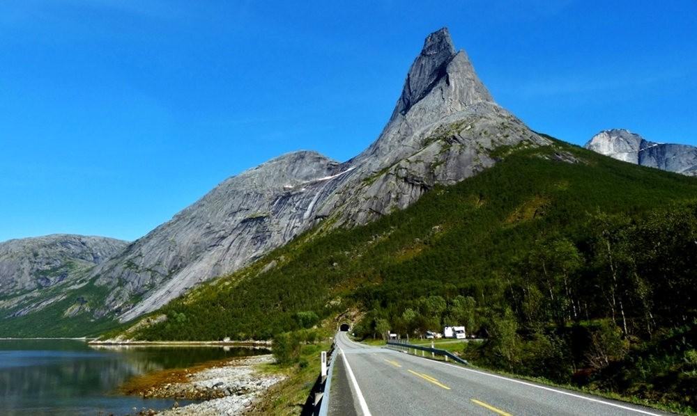 行走路上---看挪威的山山水水_图1-2