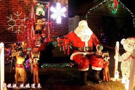 高娓娓:亮瞎眼!看美国人布置圣诞彩灯有多疯狂_图1-6