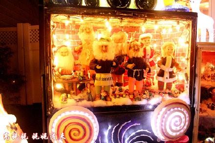 高娓娓:亮瞎眼!看美国人布置圣诞彩灯有多疯狂_图1-9