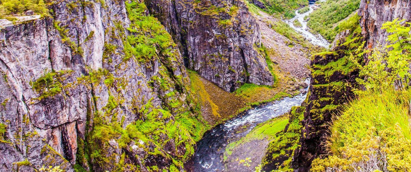 北欧风光,汇聚而下的高山瀑布_图1-39