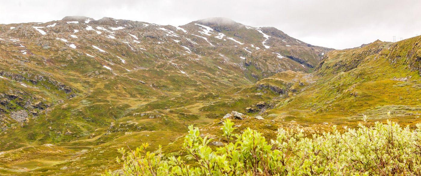 北欧风光,汇聚而下的高山瀑布_图1-27