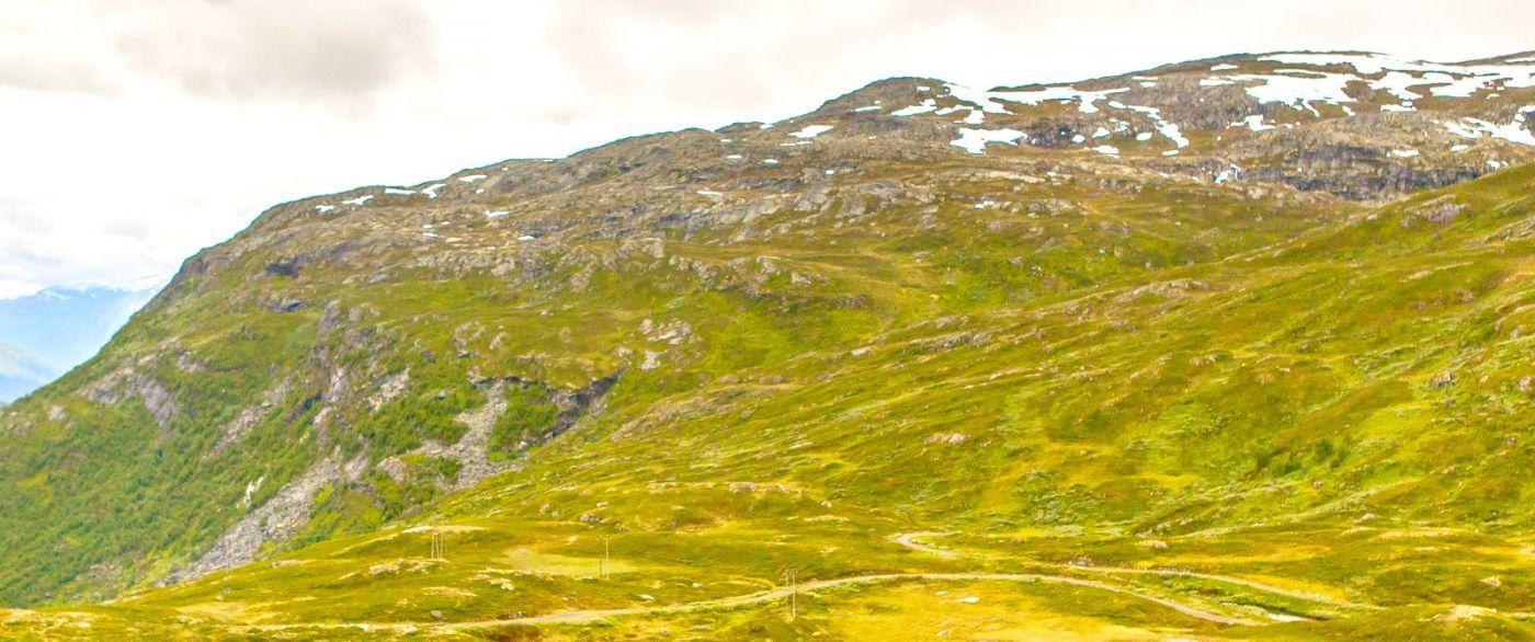 北欧风光,汇聚而下的高山瀑布_图1-28