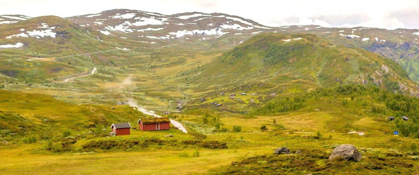 北欧风光,汇聚而下的高山瀑布_图1-2