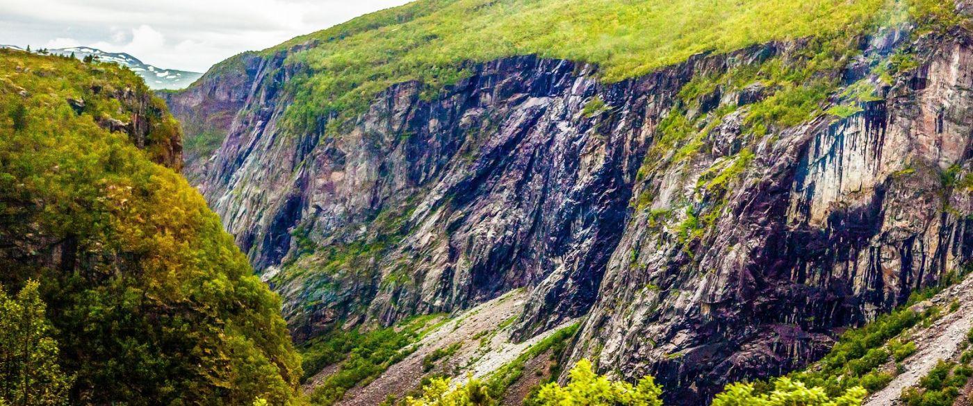 北欧风光,汇聚而下的高山瀑布_图1-6