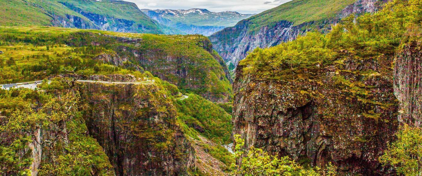 北欧风光,汇聚而下的高山瀑布_图1-12