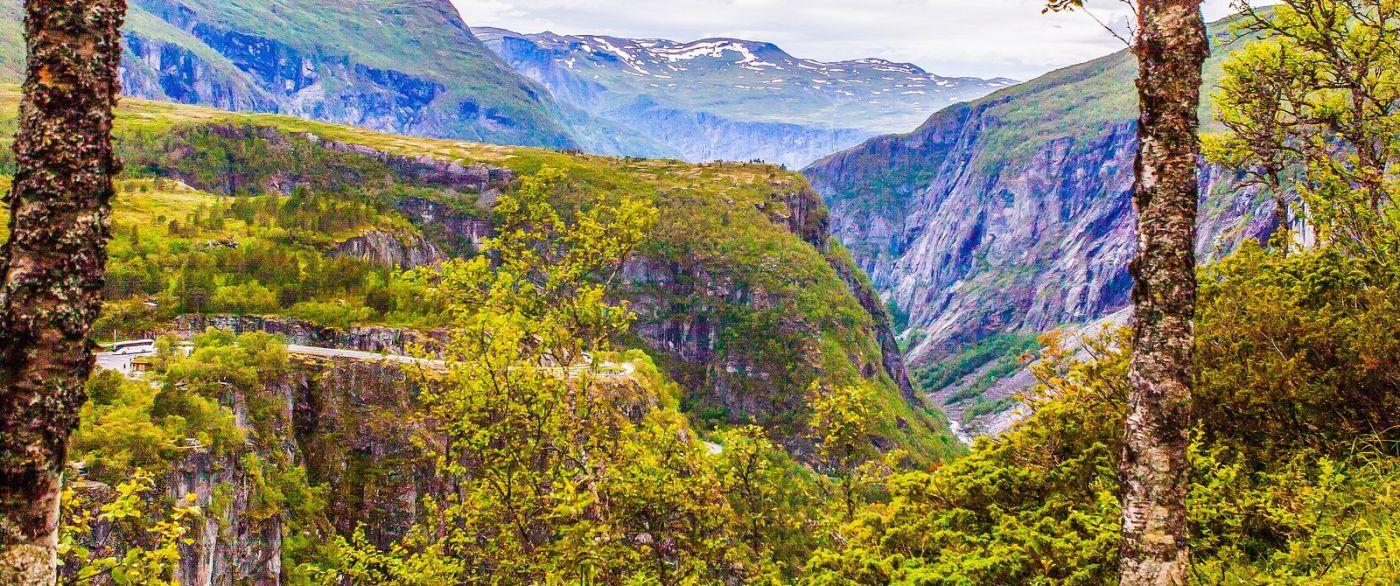 北欧风光,汇聚而下的高山瀑布_图1-11