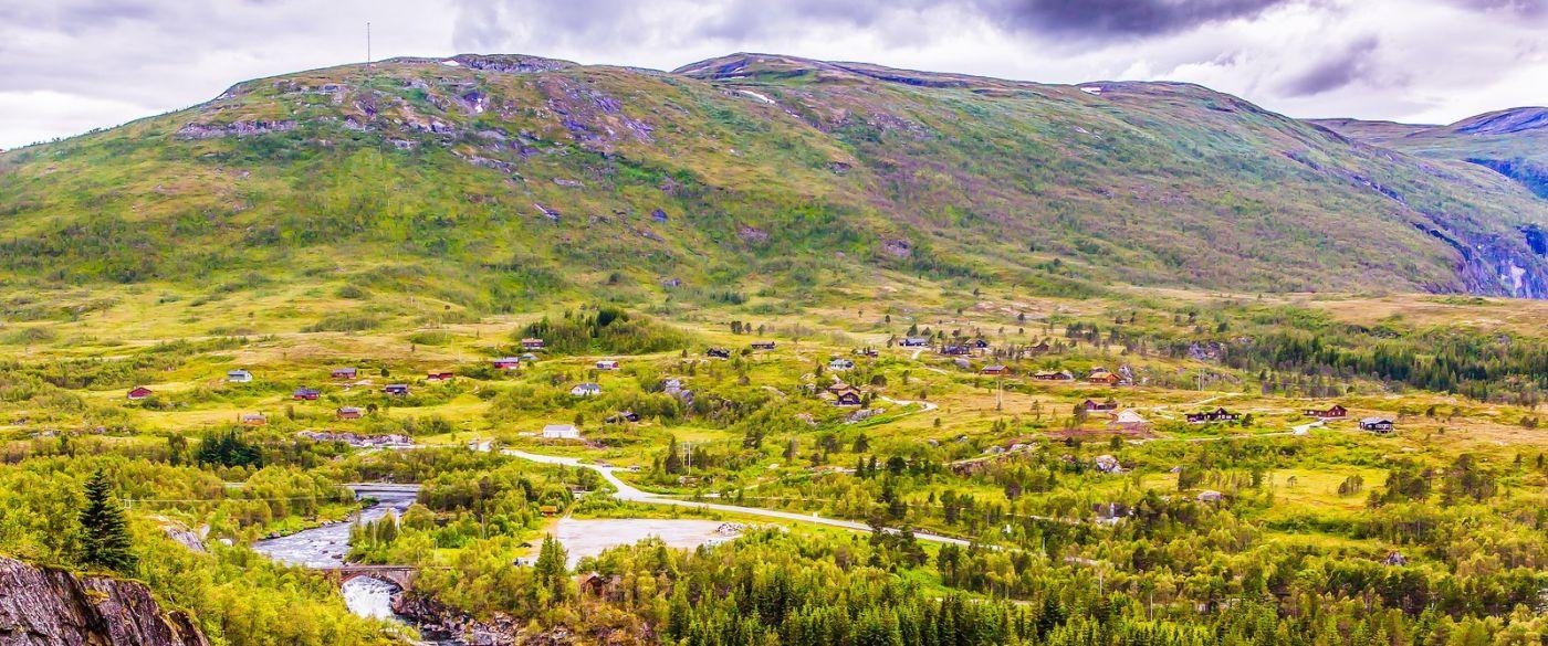北欧风光,汇聚而下的高山瀑布_图1-16