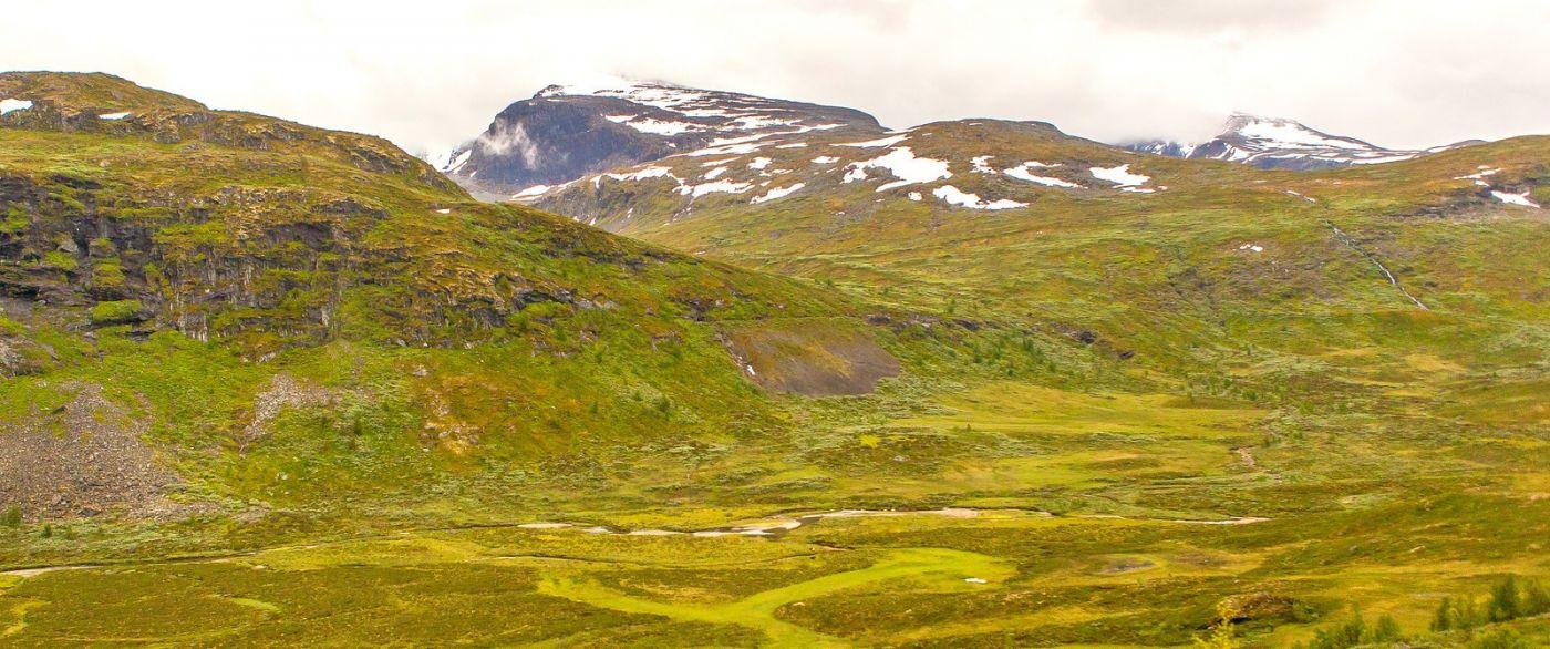 北欧风光,汇聚而下的高山瀑布_图1-13