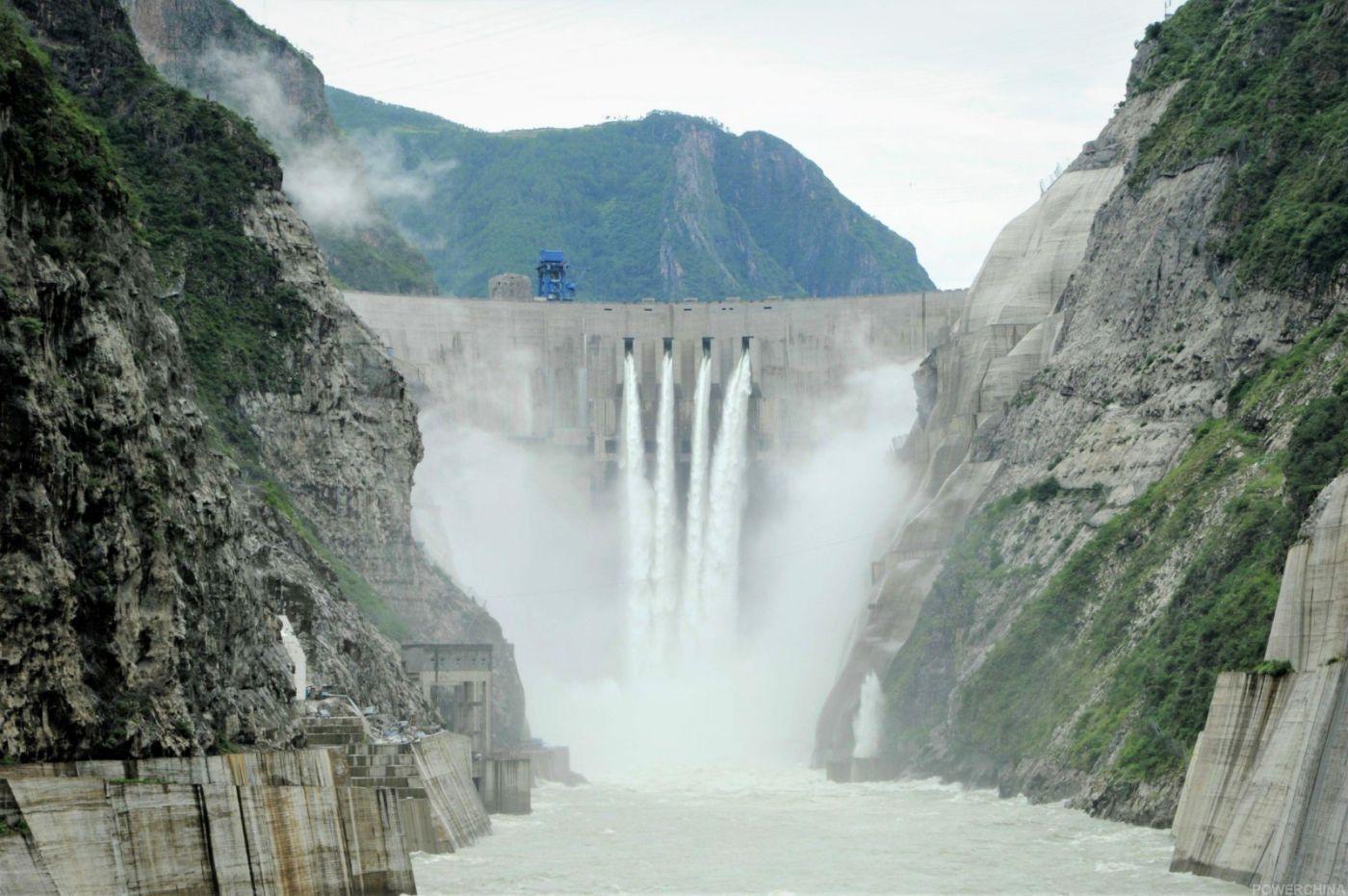 相当于三座三峡电站的水电站即将在四川建成_图1-4