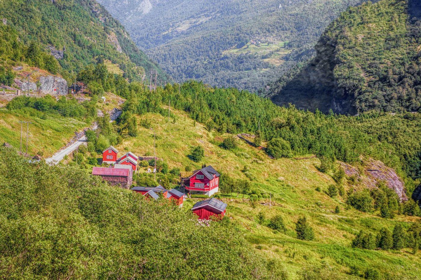 挪威弗拉姆铁路(Flam Railway),沿路的山水_图1-1