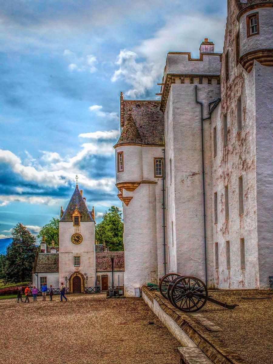 苏格兰布莱尔城堡(Blair Castle),13世纪的建筑_图1-2