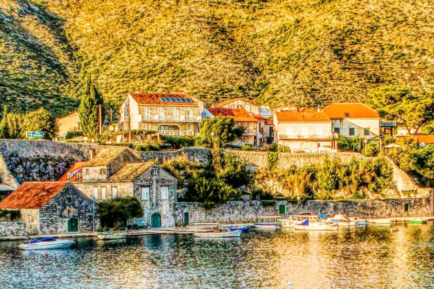 克羅地亞旅途,遠處的海灣_圖1-28