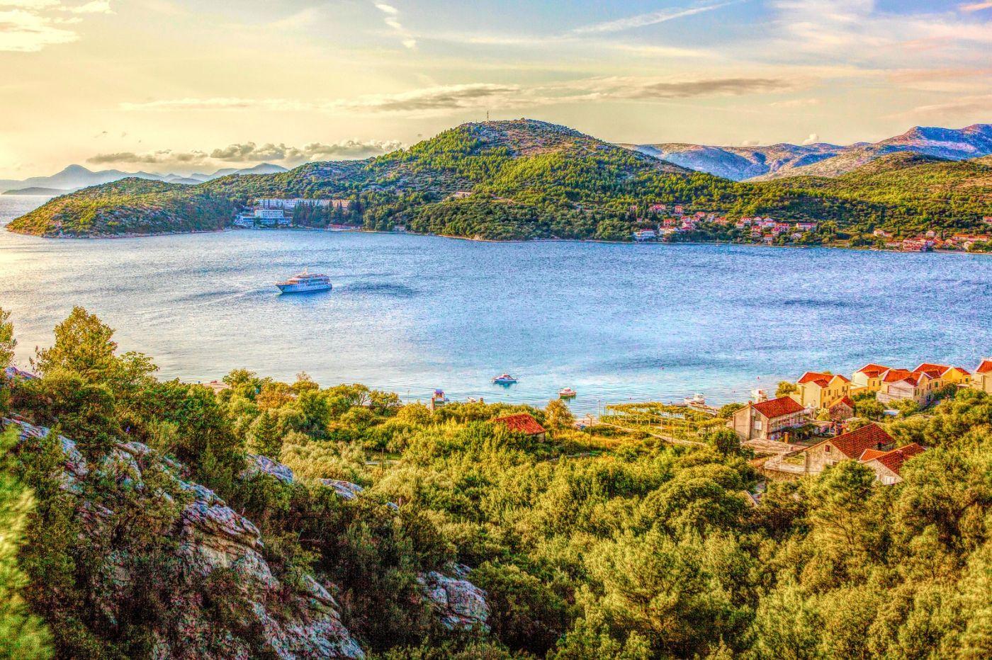 克羅地亞旅途,遠處的海灣_圖1-19