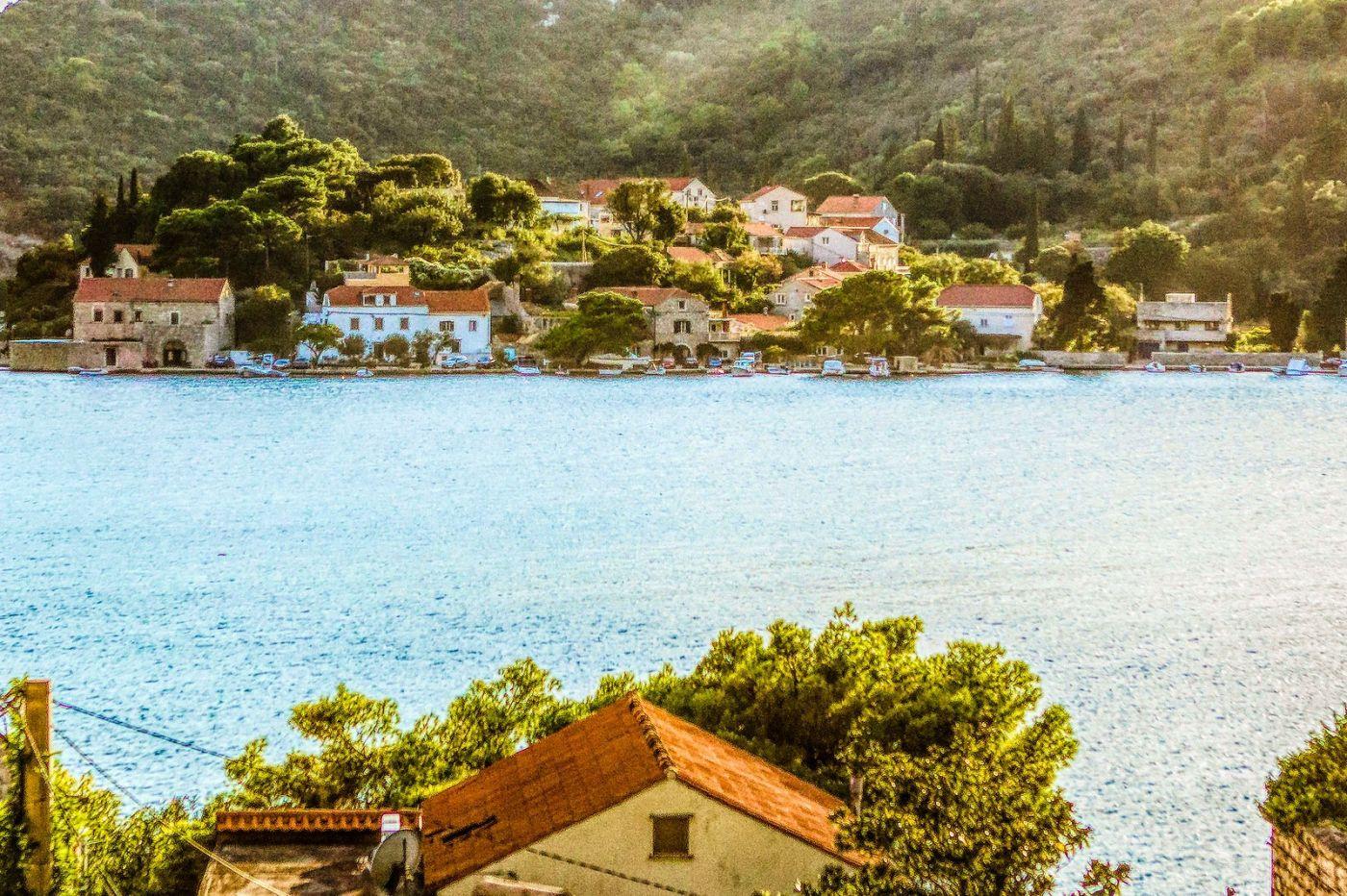 克羅地亞旅途,遠處的海灣_圖1-13