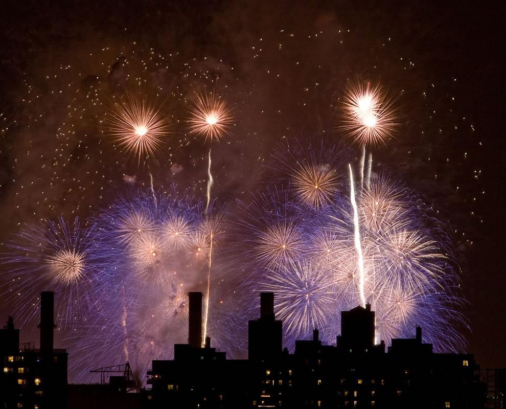 美国独立纪念日----烟花会演_图1-6