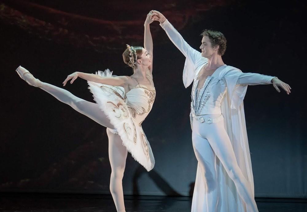 美丽的芭蕾舞_图1-8