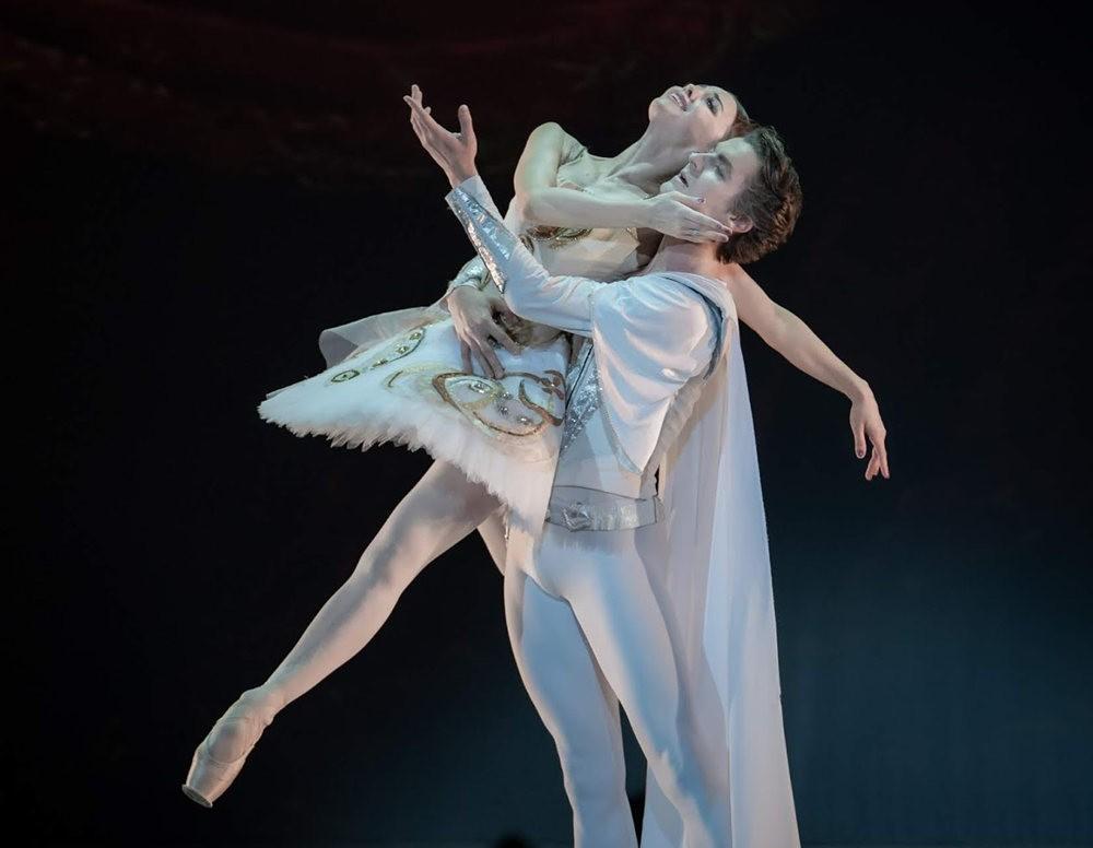 美丽的芭蕾舞_图1-10