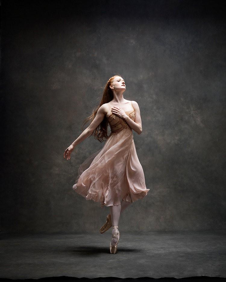 美丽的芭蕾舞---2_图1-7