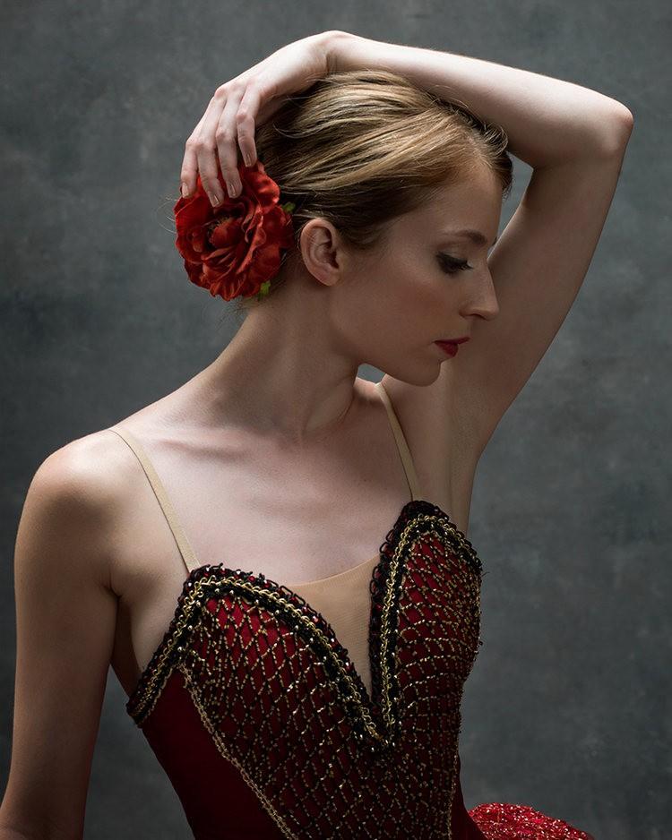 美丽的芭蕾舞---2_图1-8