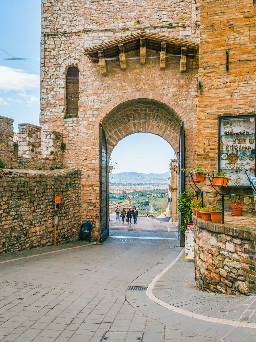 意大利阿西西(Assisi), 很有情调的小城_图1-1