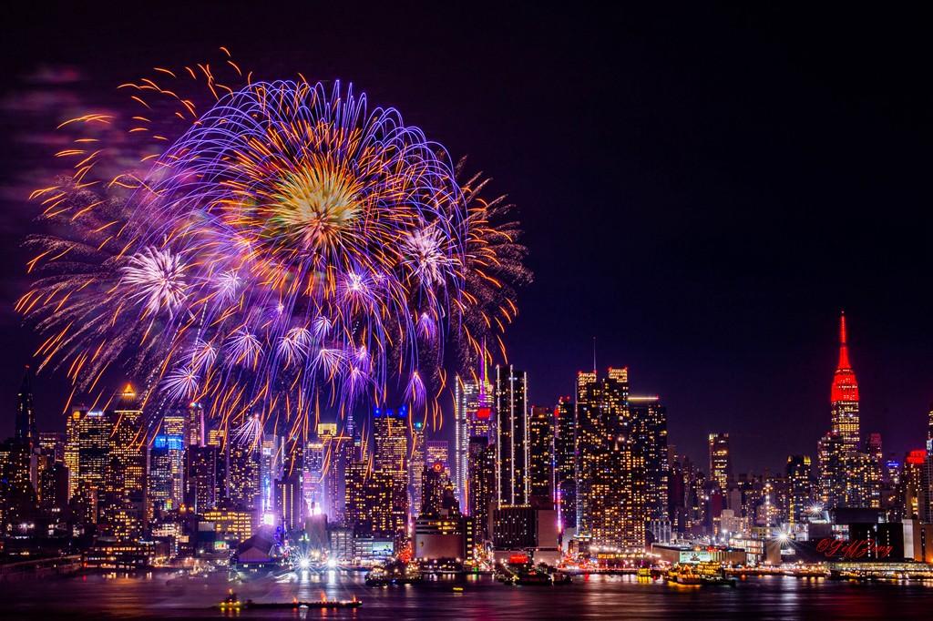 纽约烟花秀喜迎2020中国年_图1-2