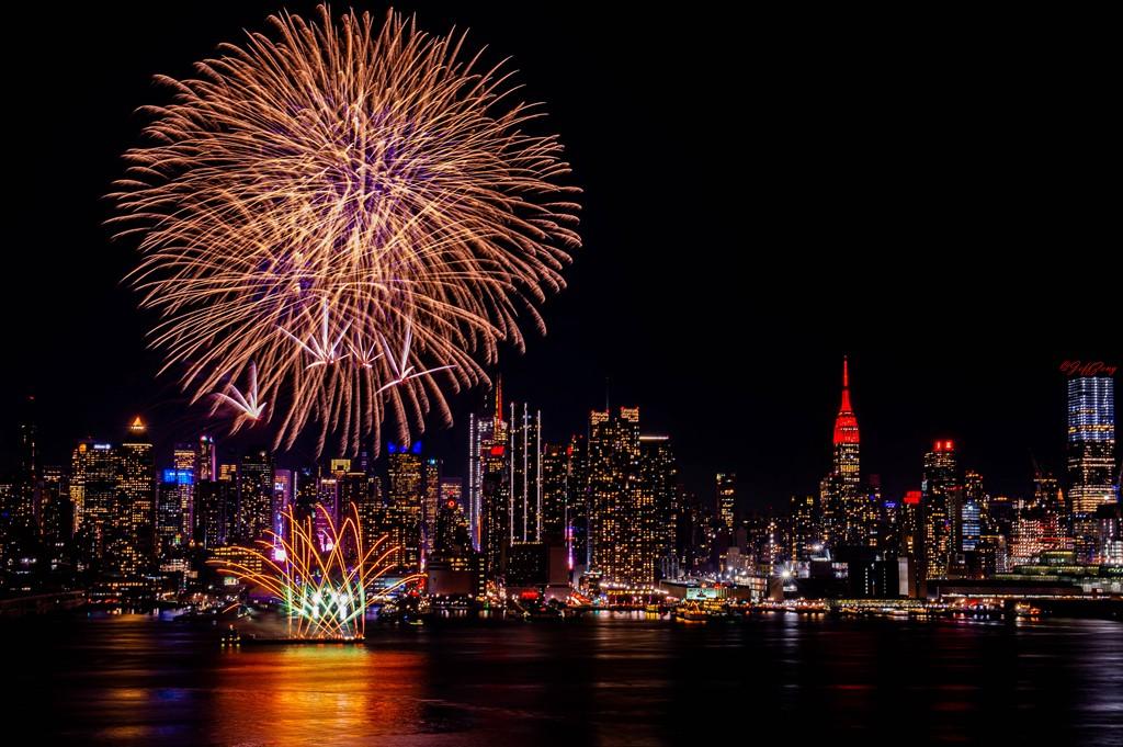 纽约烟花秀喜迎2020中国年_图1-3