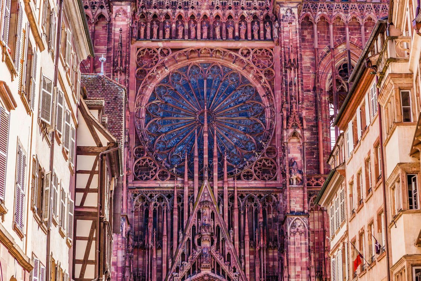 法国斯特拉斯堡(Strasbourg),八百年的主教堂_图1-2