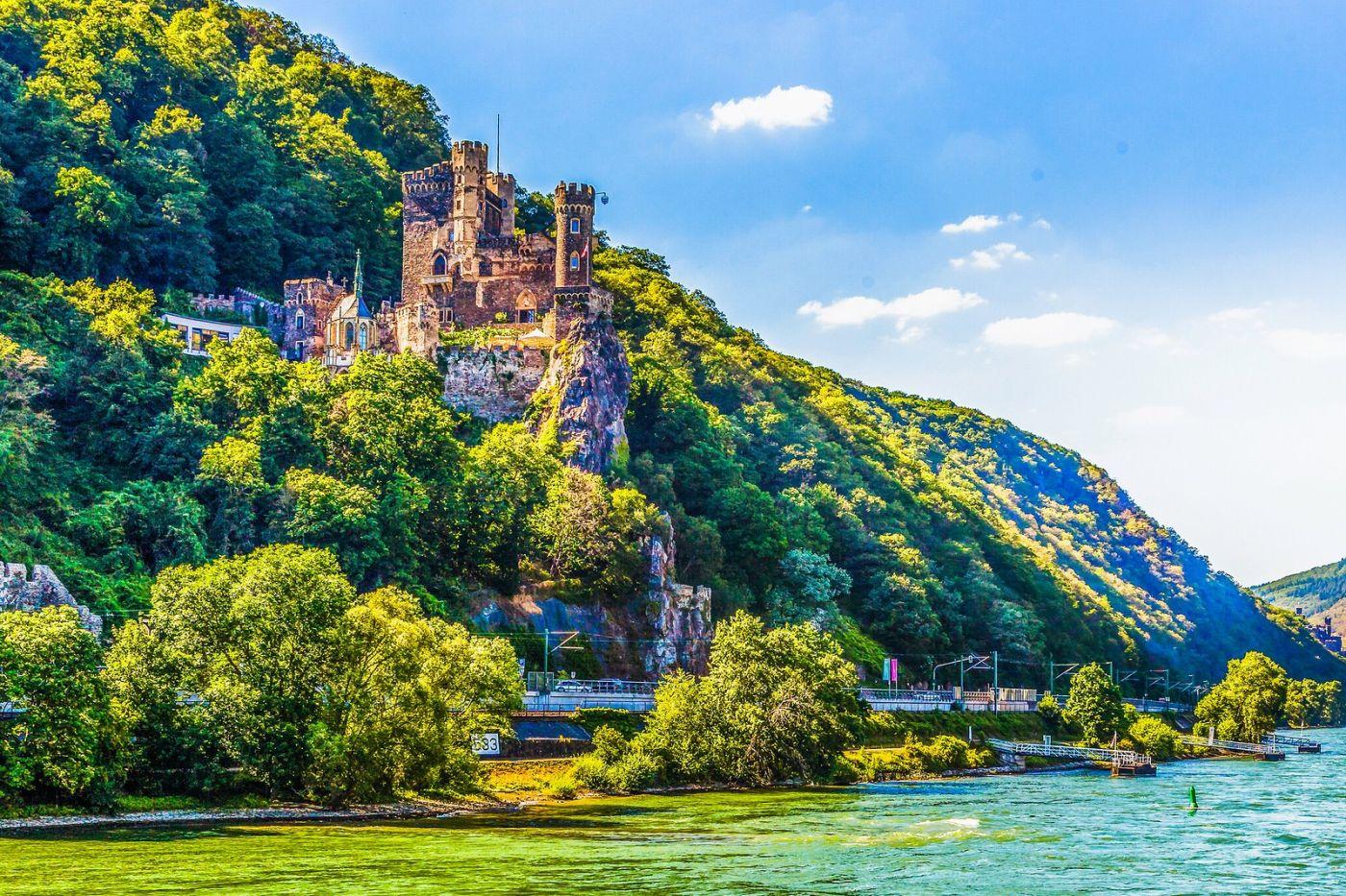 畅游莱茵河,河中的城堡_图1-2